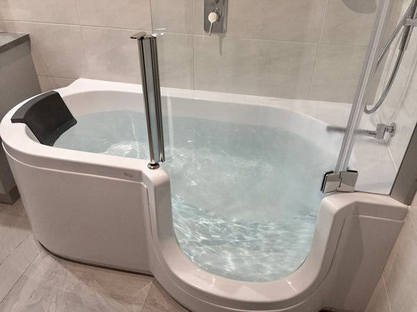 Walk in bathtub right door