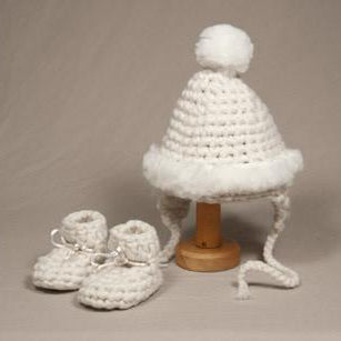 Newborn Hat and Slipper Set