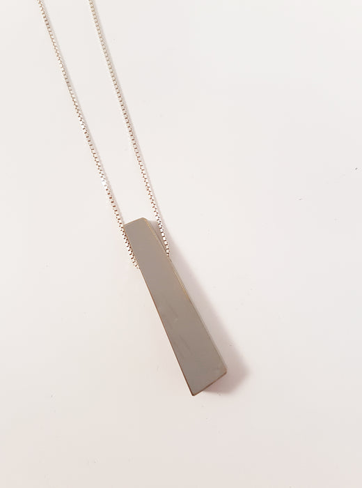 Tapered Angular Pendant Necklace