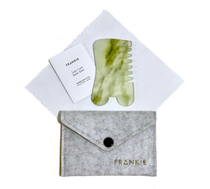 JADE COMB with Felt Pouch, Instruction Card, Cleaning Cloth