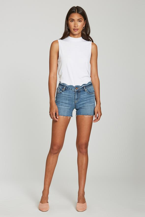 Gigi Highrise Scalloped Short Lilestone