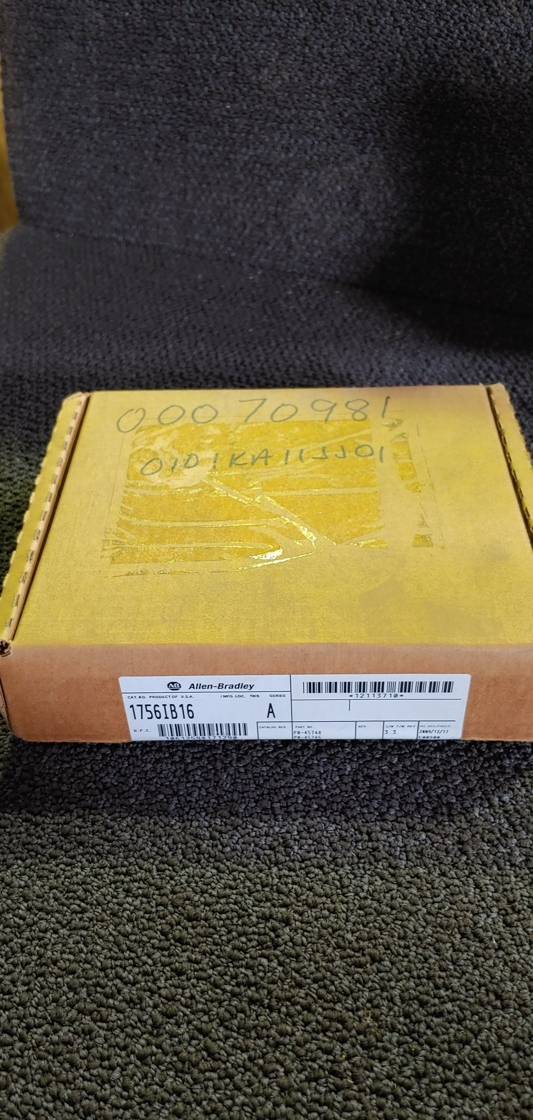 Allen Bradley 1756IB16 Series A (S/W F/W REV 3.3) New Factory Sealed