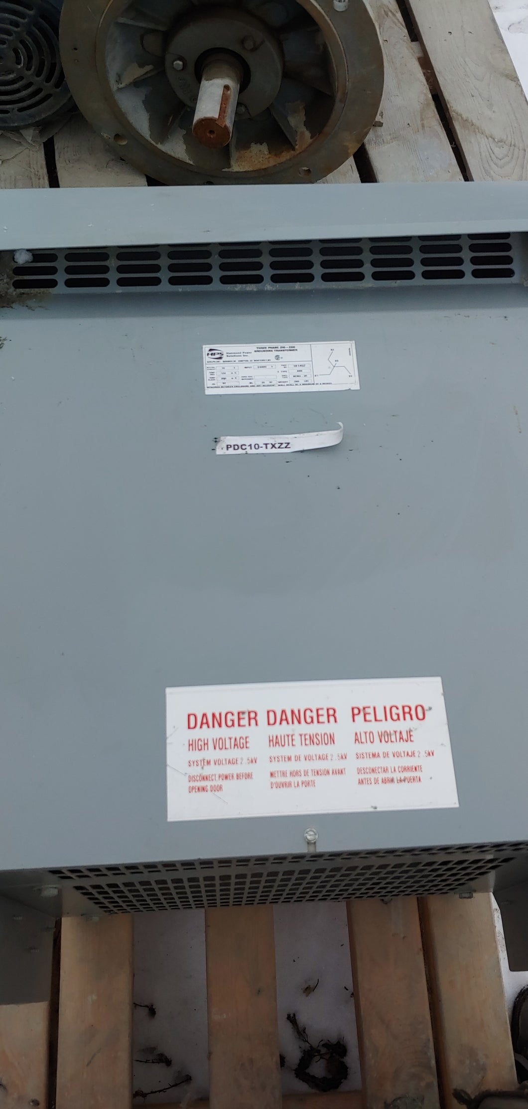 HPS (Hammond Power System) Grounding Transformer 10A, 2400 Volts