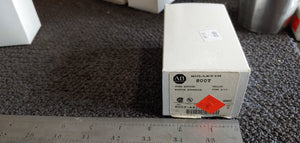 Allen Bradley Yellow Pushbutton 800T-A9D1 Type 4/13 Ser:T