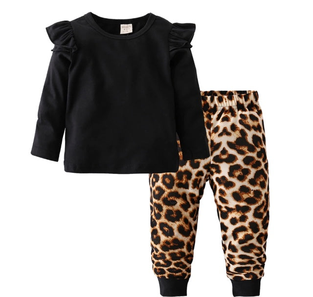 f2fb4d9d Black and Leopard Print Long Sleeve T-shirt & Leggings – Wisemom Baby  Boutique