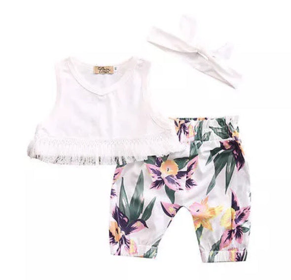 White and Floral Sleeveless Shorts Set