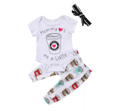 """Mommy Loves Me A Latte""  Short Sleeve Onesie 3 Piece Outfit"