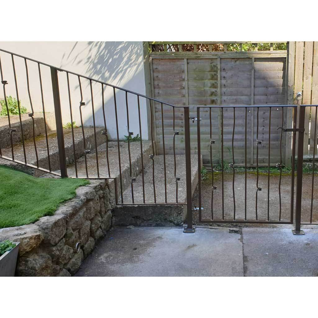 Garden Gate - Glastonbury - Style 10 -  Garden Side Metal Gate With Latch
