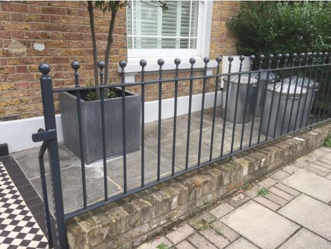 St Albans - Style 17C - Tall Wrought Iron Railing With Dog Bars