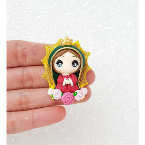 Clay Charm Embellishment - Pray Girl virgin mary Big Eyes - Crafty Mood