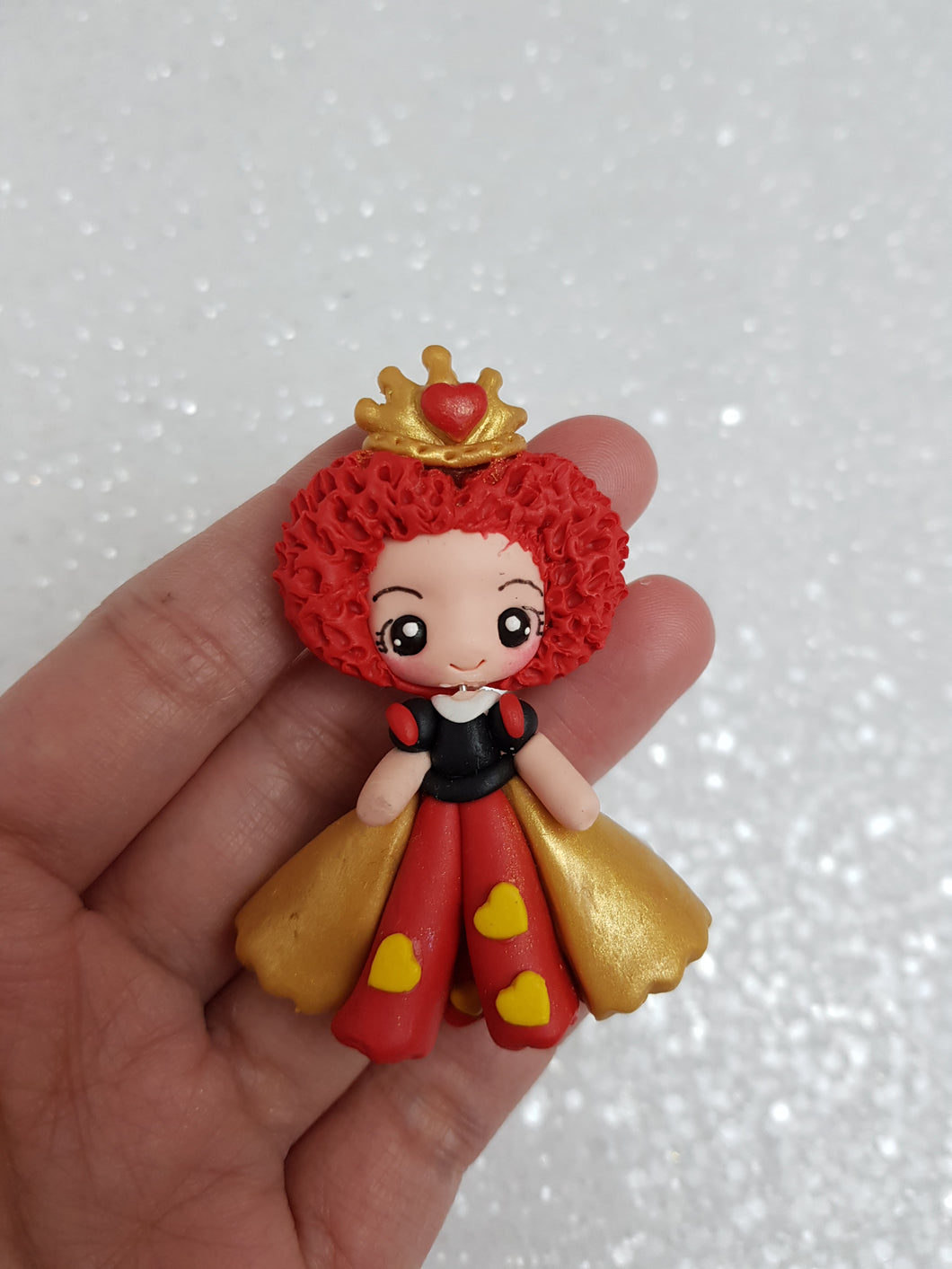 Clay Charm Embellishment - NEW QUEEN OF HEARTS - Crafty Mood
