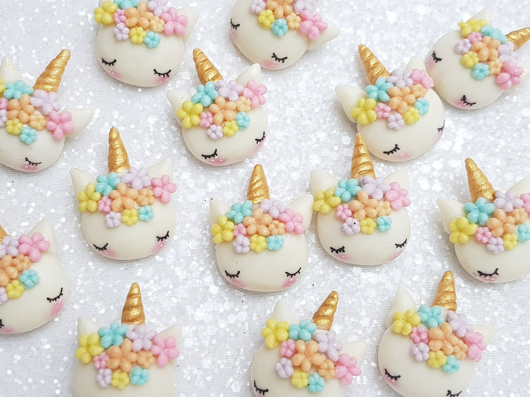 Clay Charm Embellishment NEW SLEEPY UNICORN - PASTEL SH - Crafty Mood