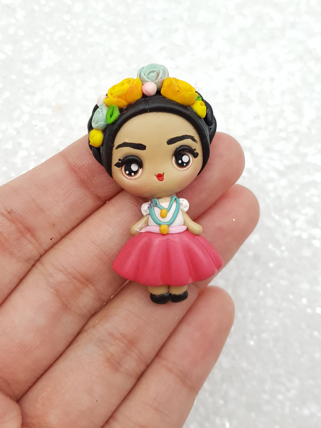 Clay Charm Embellishment - FRIDA KAHLO big eyes - Crafty Mood