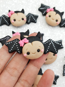 Clay Charm Embellishment - Bat Halloween - Crafty Mood