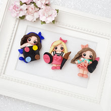 Load image into Gallery viewer, Sale Lovely make up girls - Embellishment Clay Bow Centre - Crafty Mood