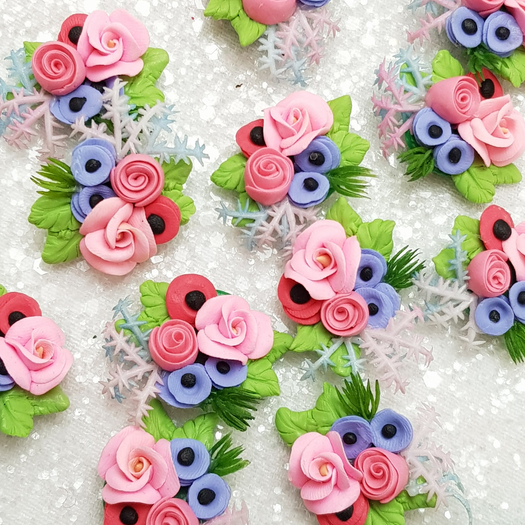 Summer flower wreath - Handmade Flatback Clay Bow Centre - Crafty Mood