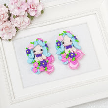 Load image into Gallery viewer, Flowery mermaid - Embellishment Clay Bow Centre - Crafty Mood