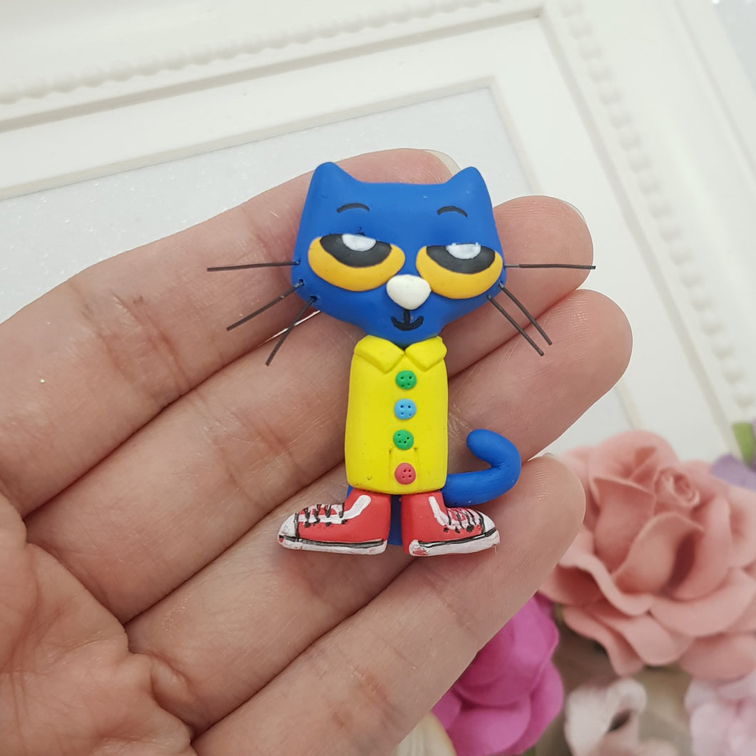 Blue Cat in Sneaker - Embellishment Clay Bow Centre