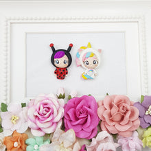 Load image into Gallery viewer, Dressing up ladybug and unicorn - Handmade Flatback Clay Bow Centre