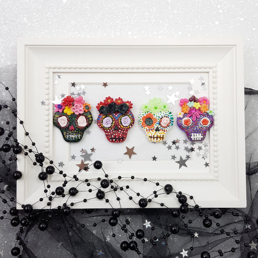 Halloween Skulls - glow in the dark - Handmade Flatback Clay Bow Centre