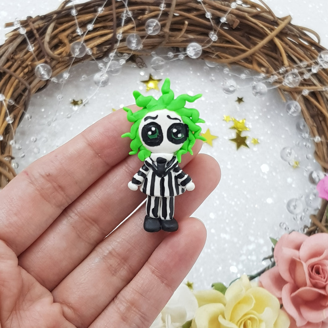Halloween green hair boy - Handmade Flatback Clay Bow Centre