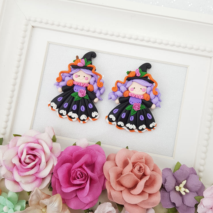 Cutie autumn witch - Handmade Flatback Clay Bow Centre