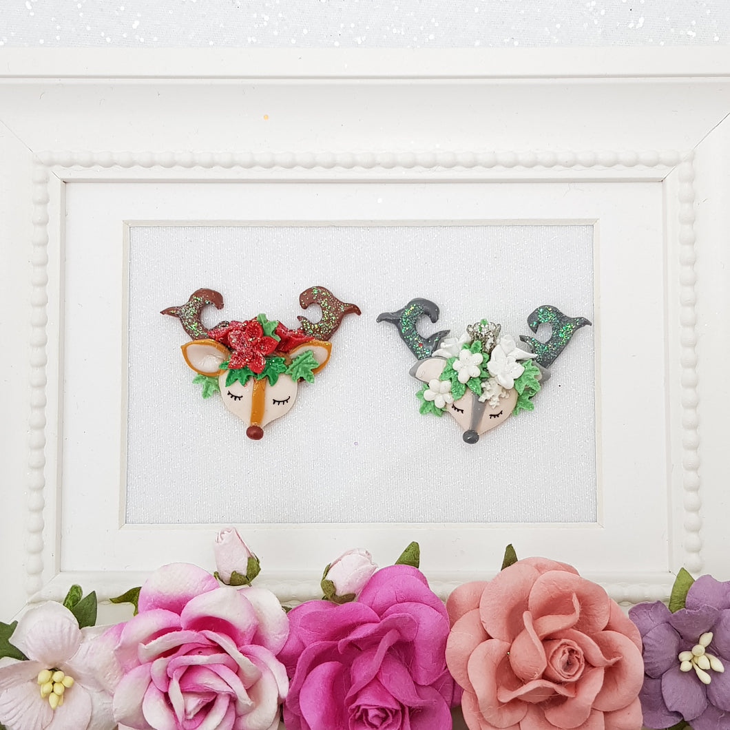 Gorgeous Christmas Reindeer - Embellishment Clay Bow Centre