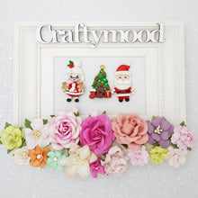 Load image into Gallery viewer, Mr. and Mrs. Santa - Handmade Flatback Clay Bow Centre