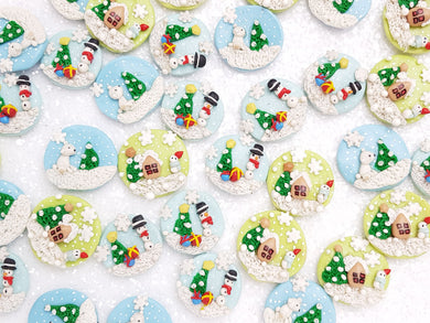 Clay Charm Embellishment - New Christmas Cameo - Crafty Mood