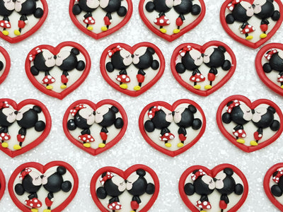 Clay Charm Embellishment - NEW Mouse Heart Kiss - Crafty Mood