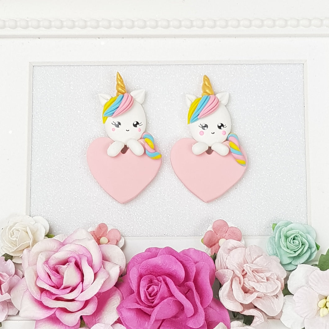 Unicorn Holding Pink Heart - Embellishment Clay Bow Centre - Crafty Mood