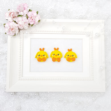 Cute Chicks - Handmade Flatback Clay Bow Centre - Crafty Mood