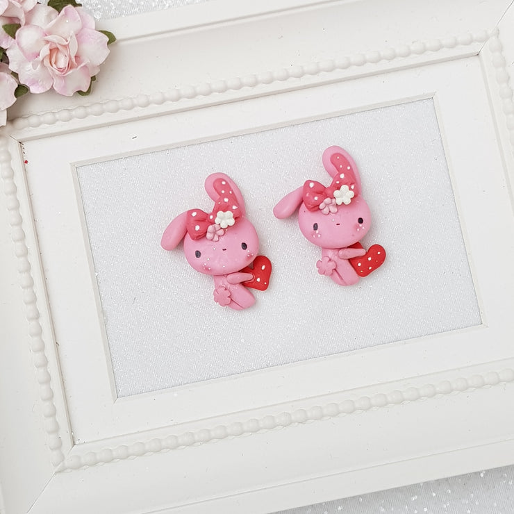 Lovely pink bunny - Embellishment Clay Bow Centre - Crafty Mood