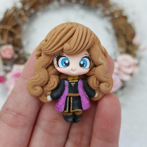 Sparkling Eye Winter Princess - Handmade Flatback Clay Bow Centre - Crafty Mood