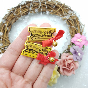 Gold ticket - Embellishment Clay Bow Centre