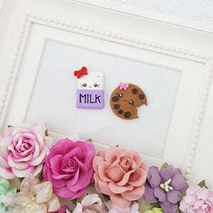 Cutie milk and cookie - Embellishment Clay Bow Centre