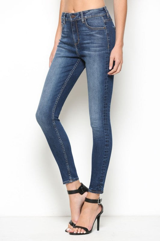 Dark Wash High Rise Clean Skinny