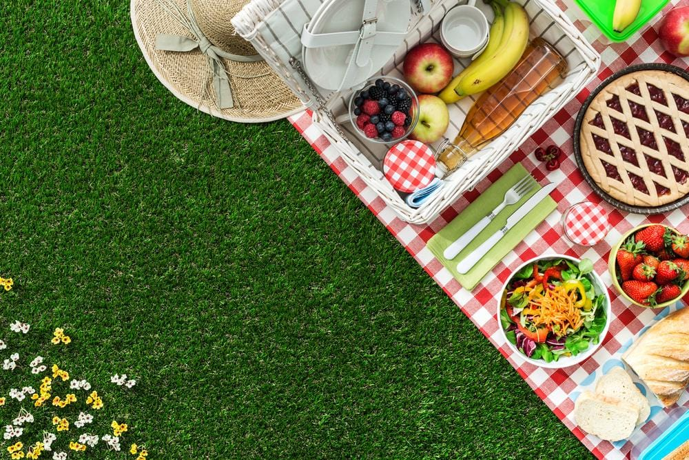 8 Tips for the Perfect Family-Friendly Beach Picnic