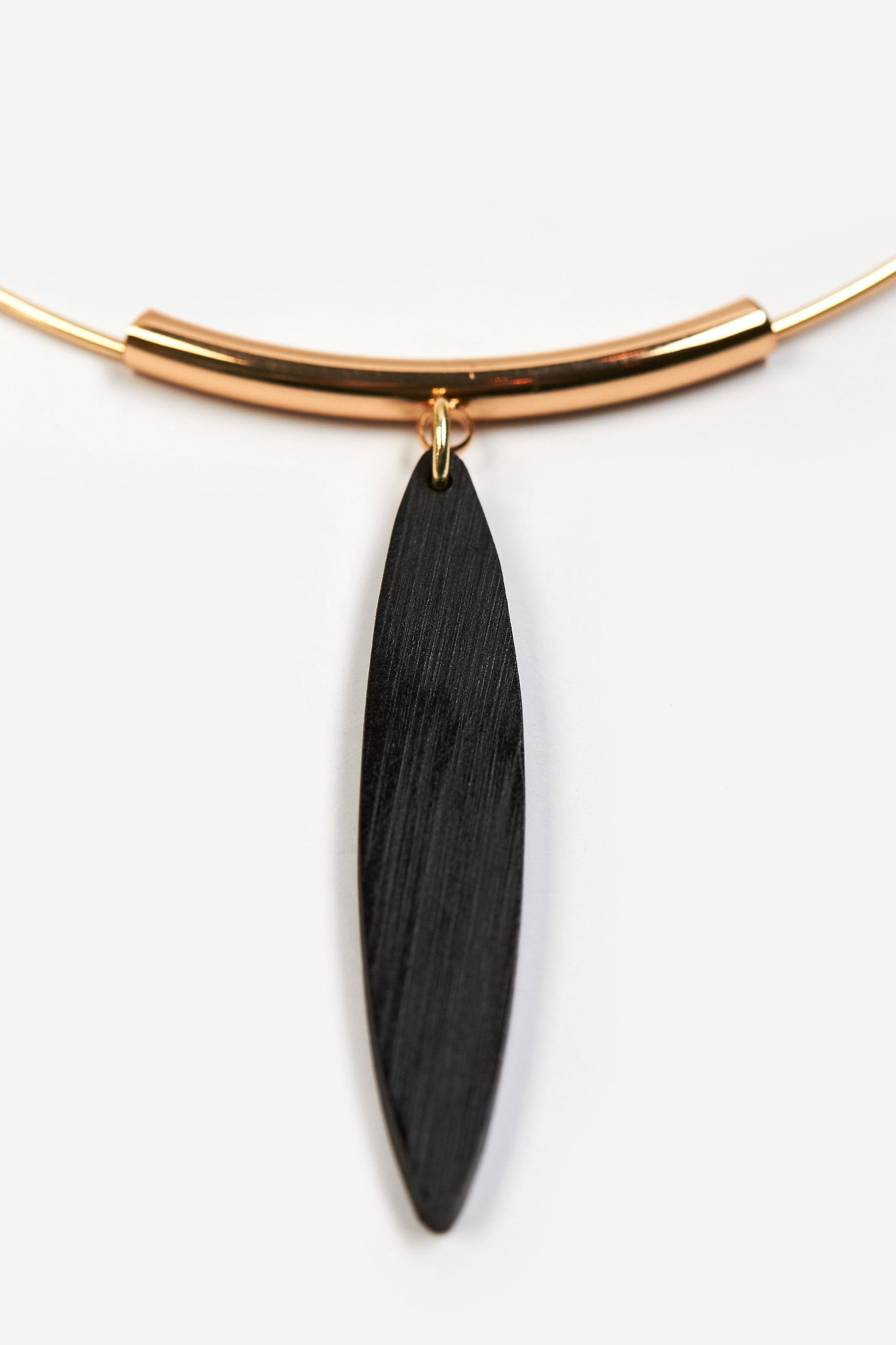 The Novona Necklace