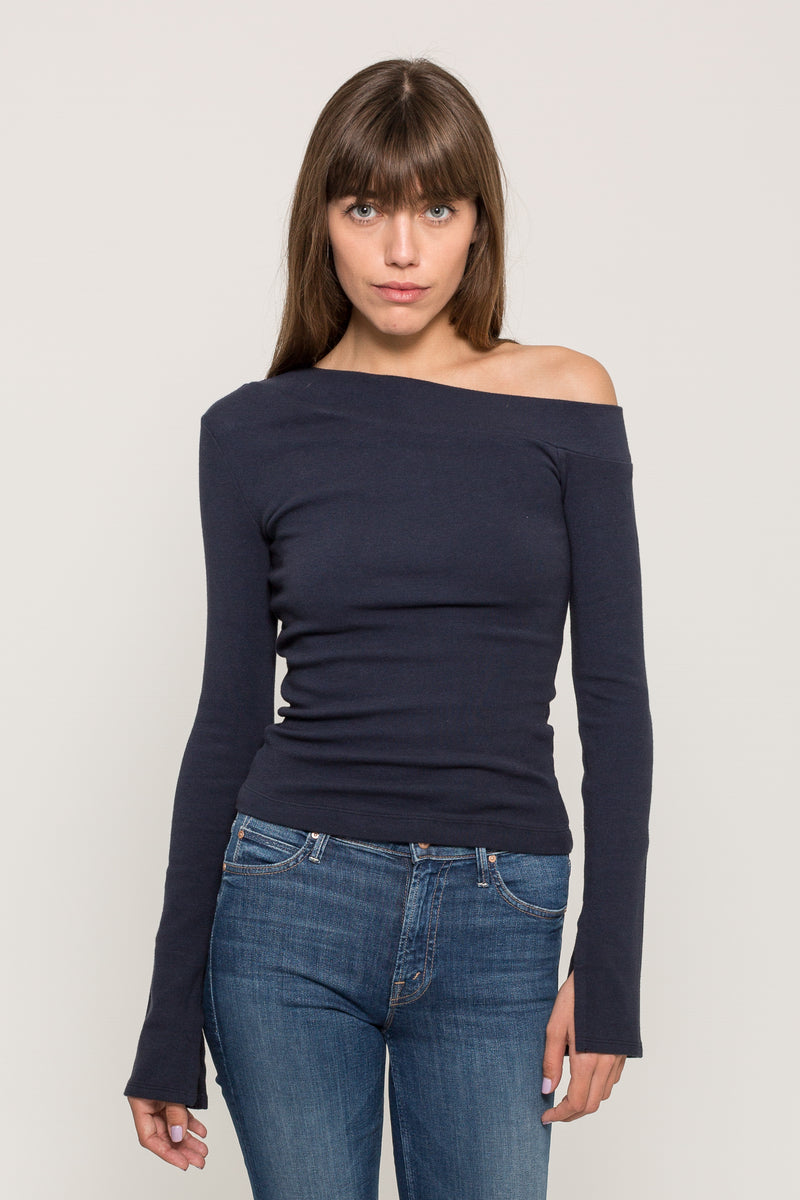 OFF SHOULDER LONG SLEEVE