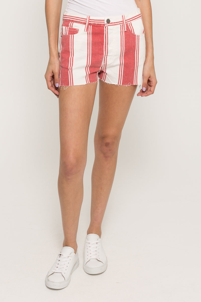 LE CUT OFF SLIT SHORTS