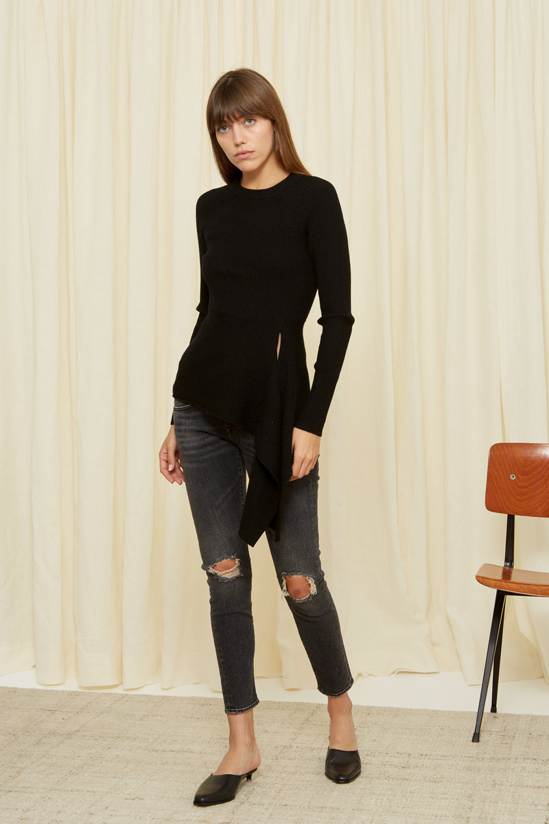 RIBBED WAIST TIE SWEATER