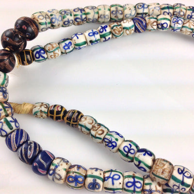 Bowtie Venetian Trade Beads, Venice, Antique - AT0038