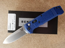 Benchmade Casbah Automatic Blue Grivory Satin 4400-1