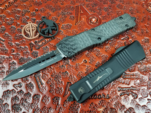 Microtech Combat Troodon Carbon Fiber Top Signature Series D/E 142-3CFS Full Serrated