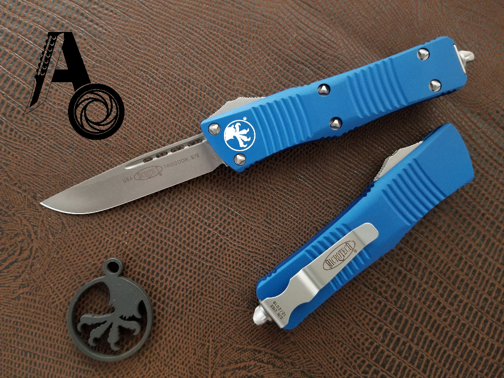 Microtech Troodon S/E OTF Automatic Knife Blue Apoc 139-10APBL