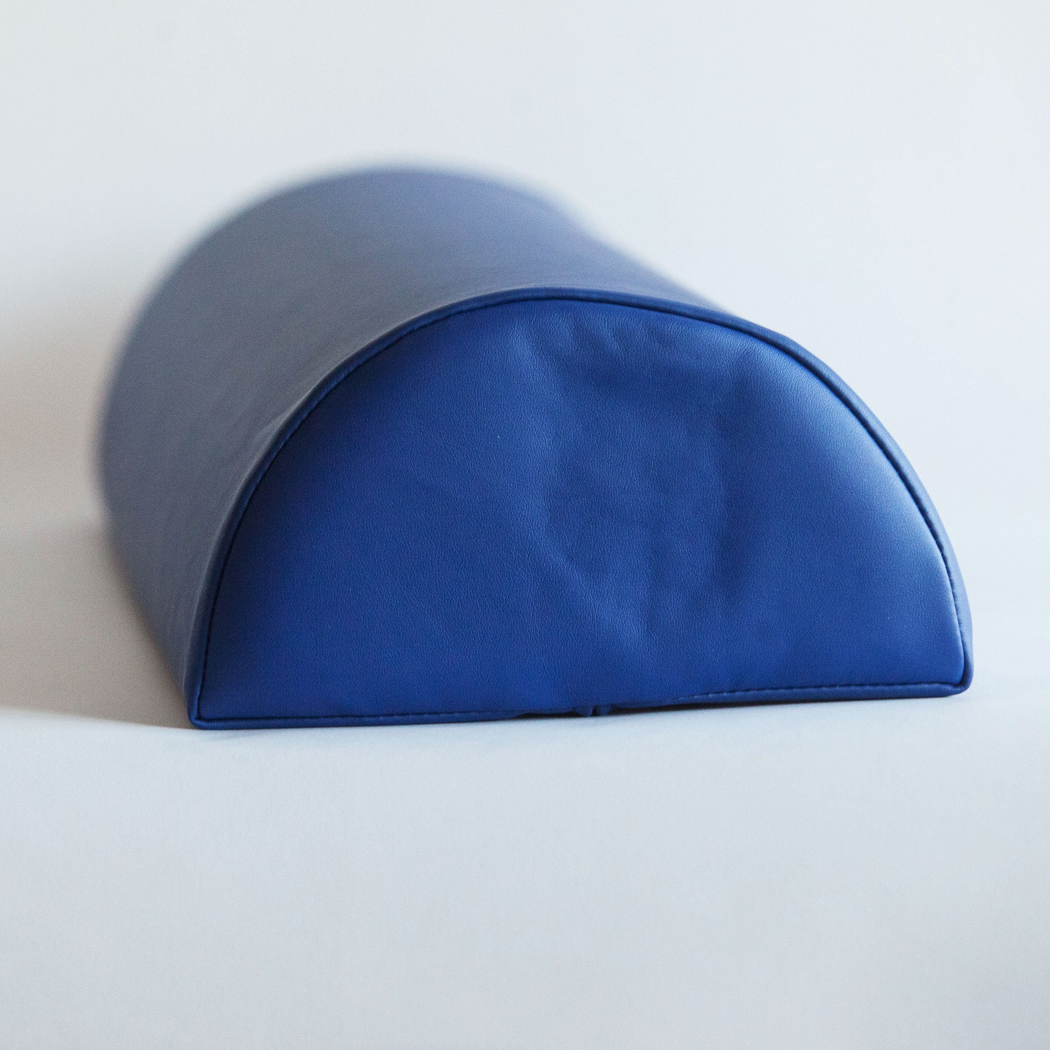 Large Semi-Round Bolster - for optimal Body Positioning