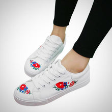Canvas Shoes Embroider Flowers