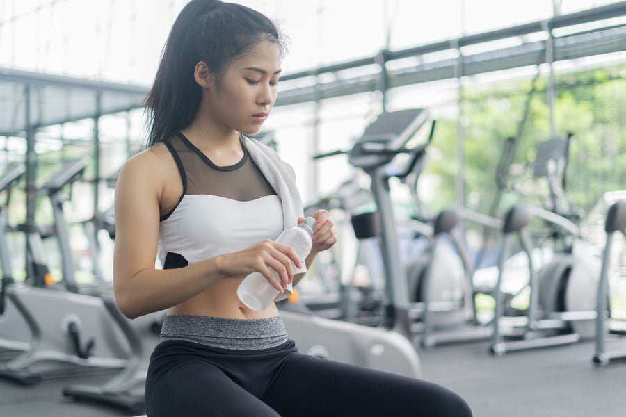 Sport Drinks Vs Water --Which are Better When Working Out?