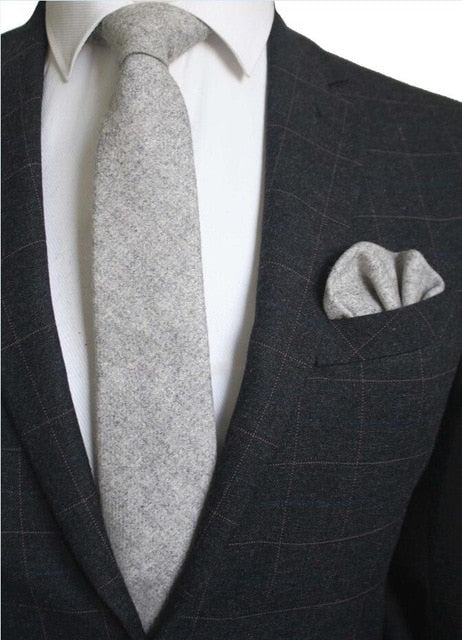 Silver Wool Necktie Pocket Square